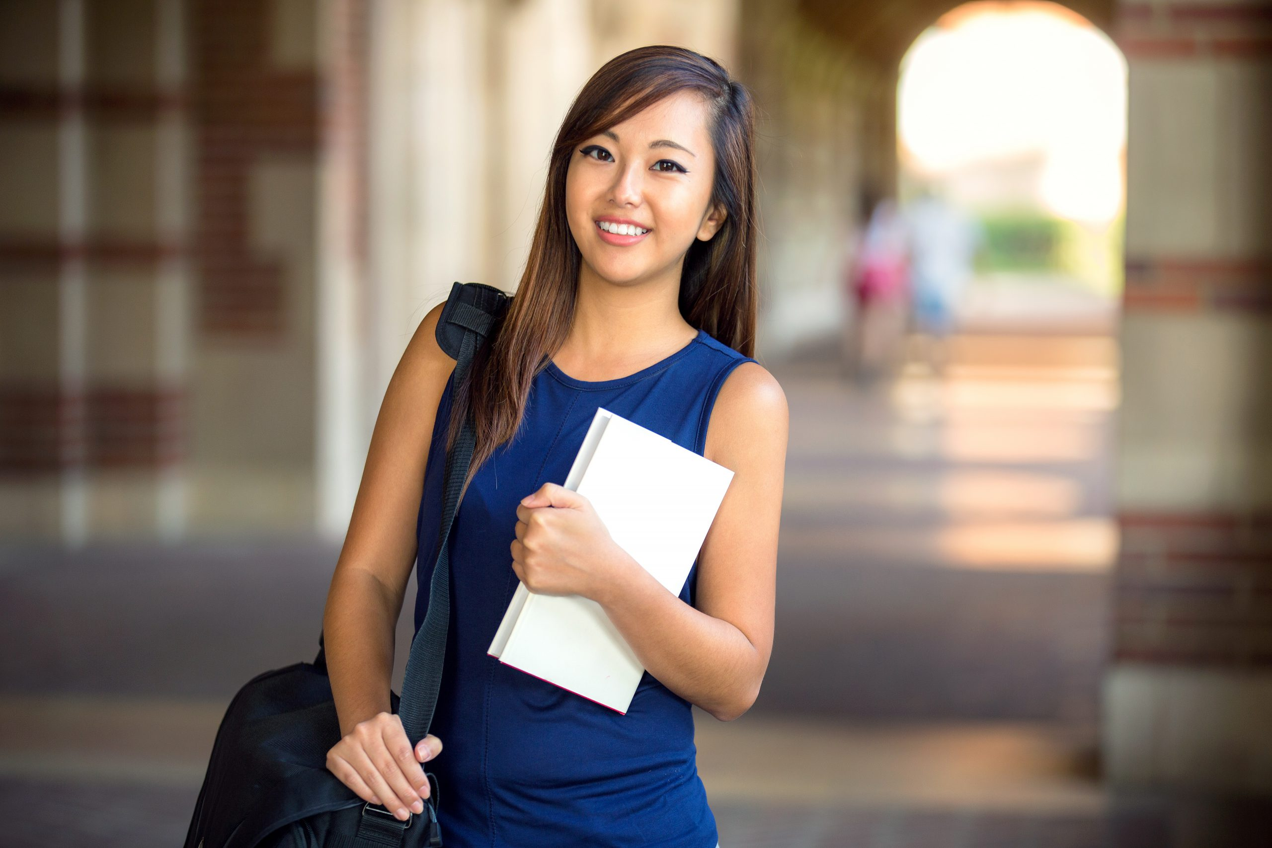 登録者属性と就職希望者の履歴書をご紹介